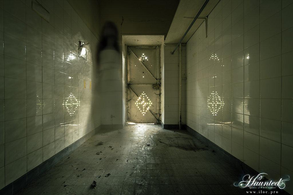 ghost-04.jpg