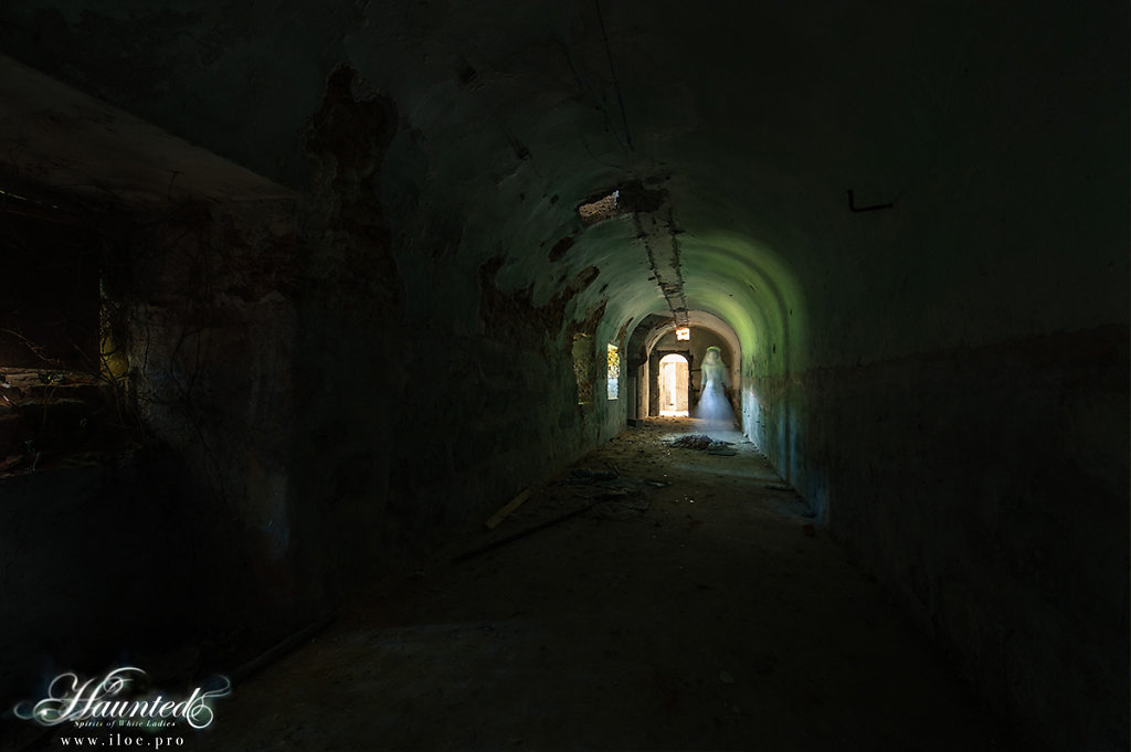 ghost-21.jpg
